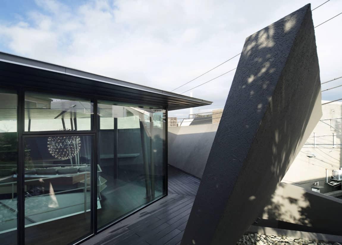ARTechnic Architects Design A Modern Geometric Home (4)
