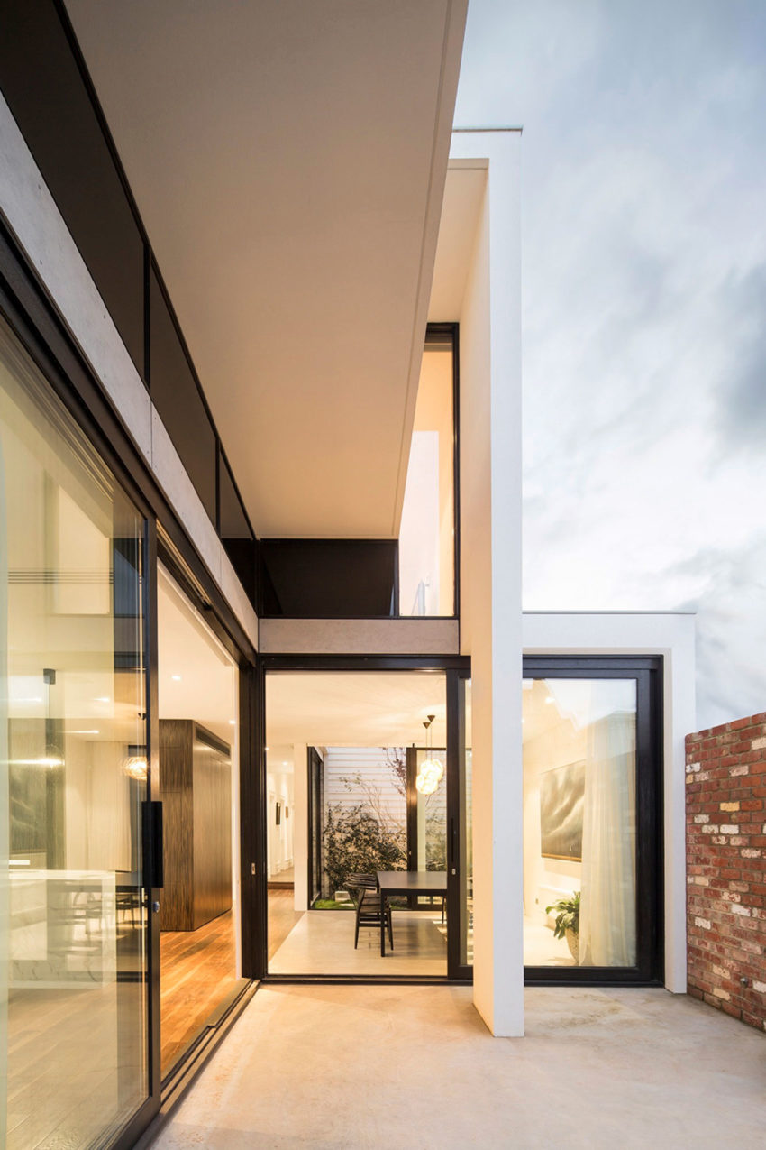 Mitsouri Architects Complete an Extension in Armadale (9)