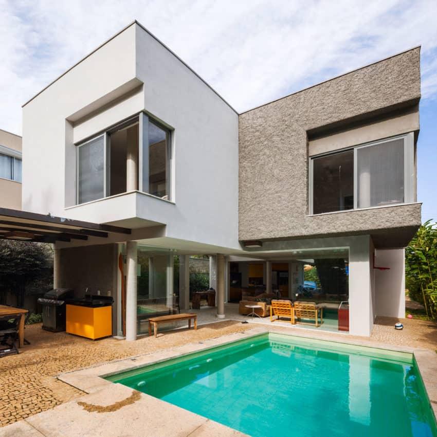 Casa Campanella by Campanella Arquitetura (1)