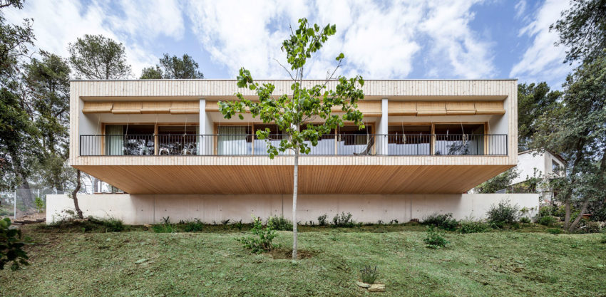 Casa LLP by Alventosa Morell Arquitectes (2)