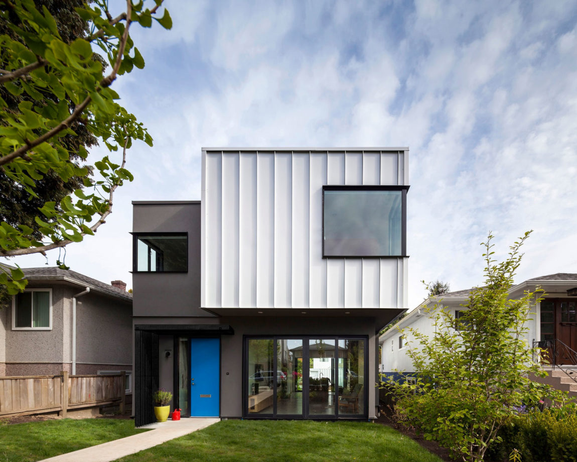 Grade House by Measured Architecture (3)
