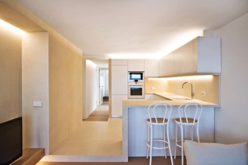 Horizon Apartment by Barea + Partners (3)