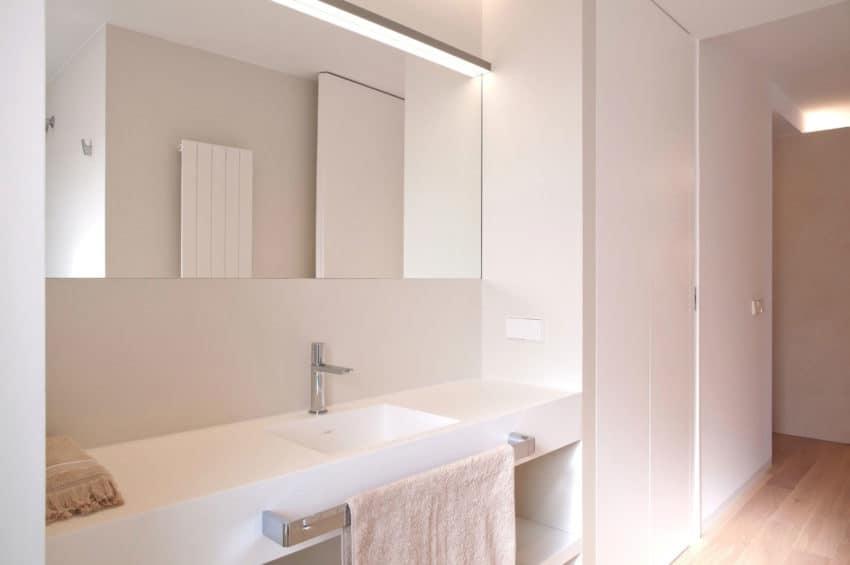 Horizon Apartment by Barea + Partners (12)