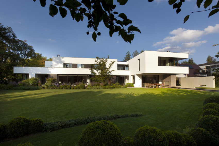 House I by Stephan Maria Lang (1)