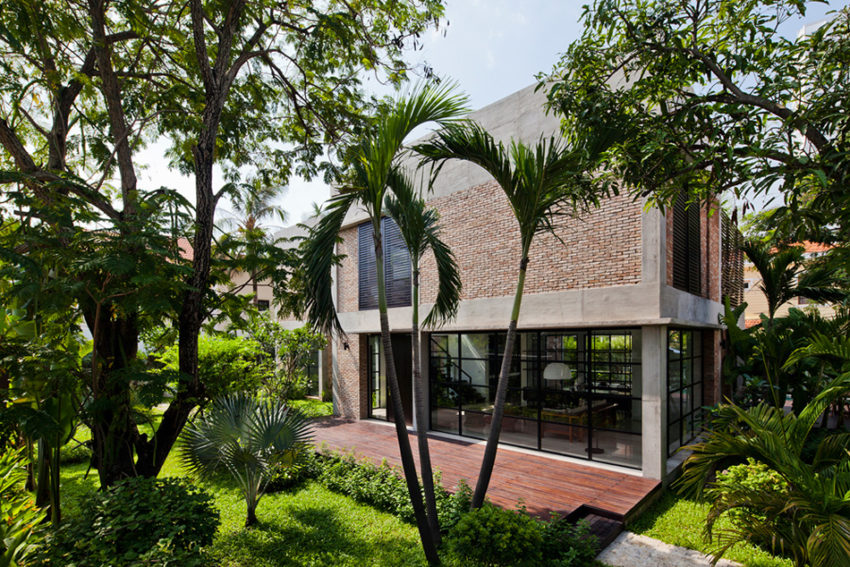 Private Villa Renovation by MM ++ Architects (1)