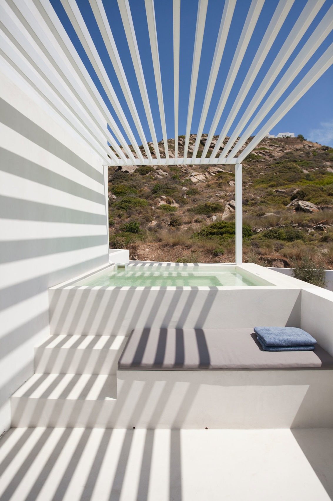 Relux Ios Hotel by A31 ARCHITECTURE (15)