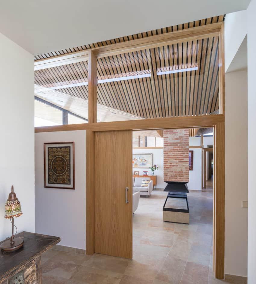 Single-Family Brick House by Mariano Molina Iniesta (12)