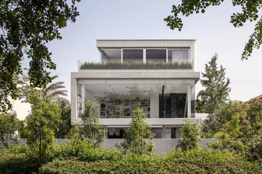 Stunning Contemporary Home in Ramat Gan (6)