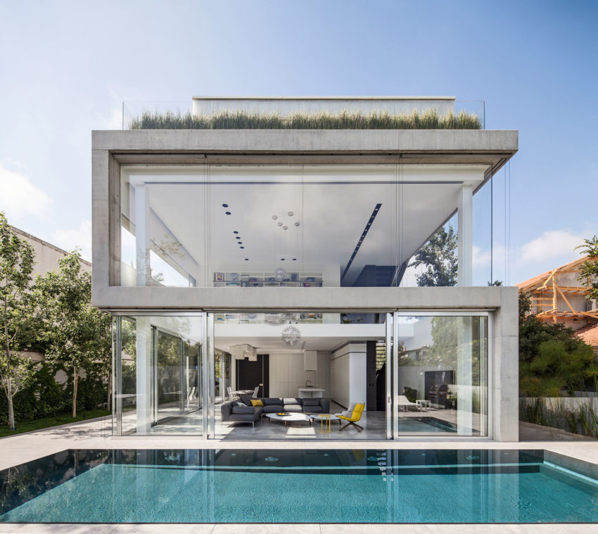 View in gallery Stunning Contemporary Home in Ramat Gan (7)