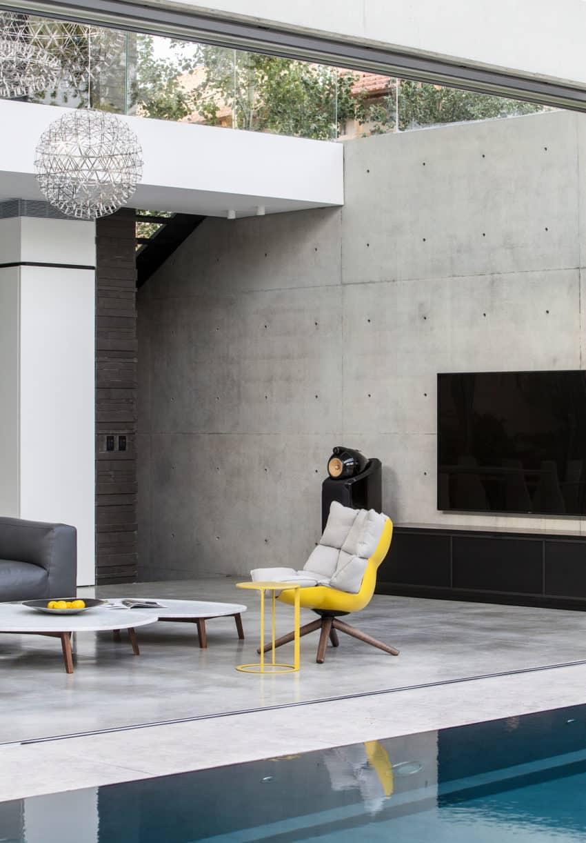 Stunning Contemporary Home in Ramat Gan (8)