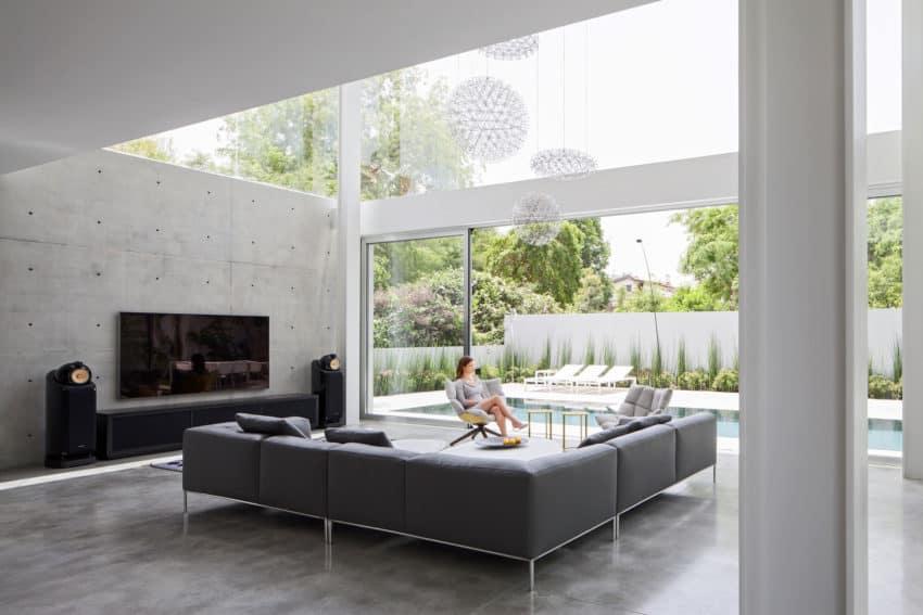 Stunning Contemporary Home in Ramat Gan (17)