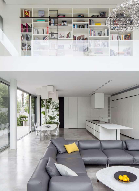 Stunning Contemporary Home in Ramat Gan (19)