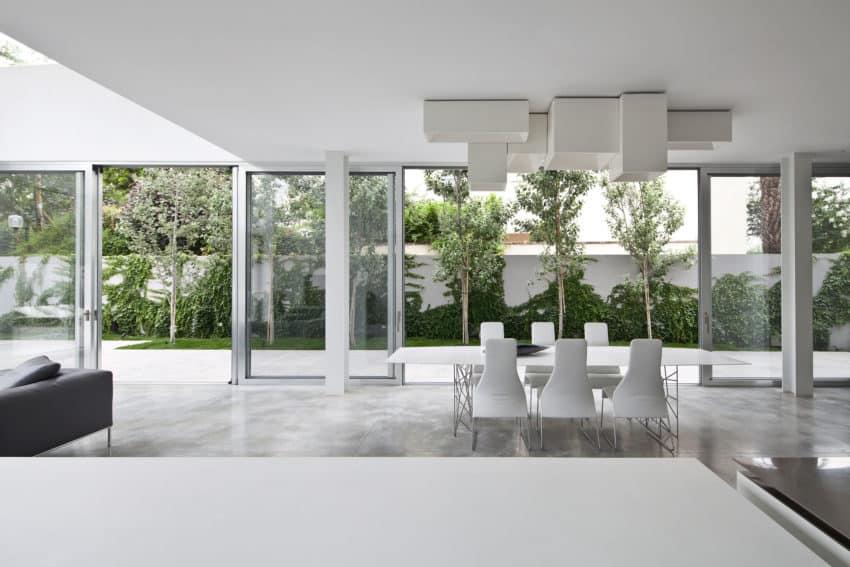 Stunning Contemporary Home in Ramat Gan (21)