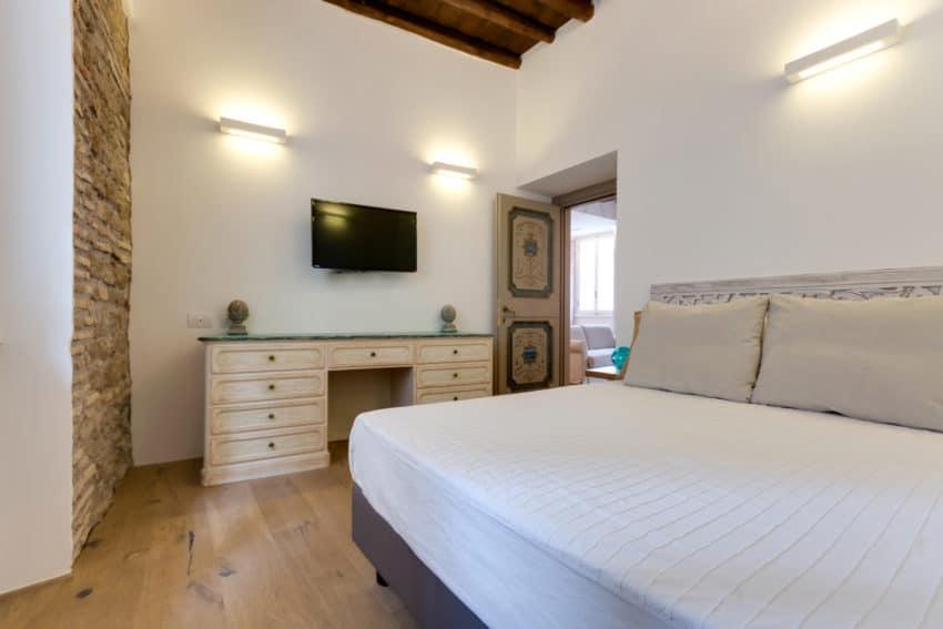 Via Sistina Apartment by Serena Romanò (19)