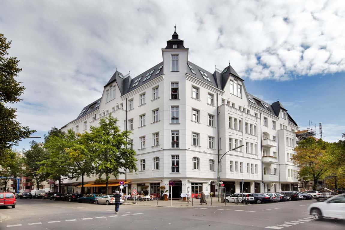 Attic Apartment in Berlin by Donatella Mustavic (1)