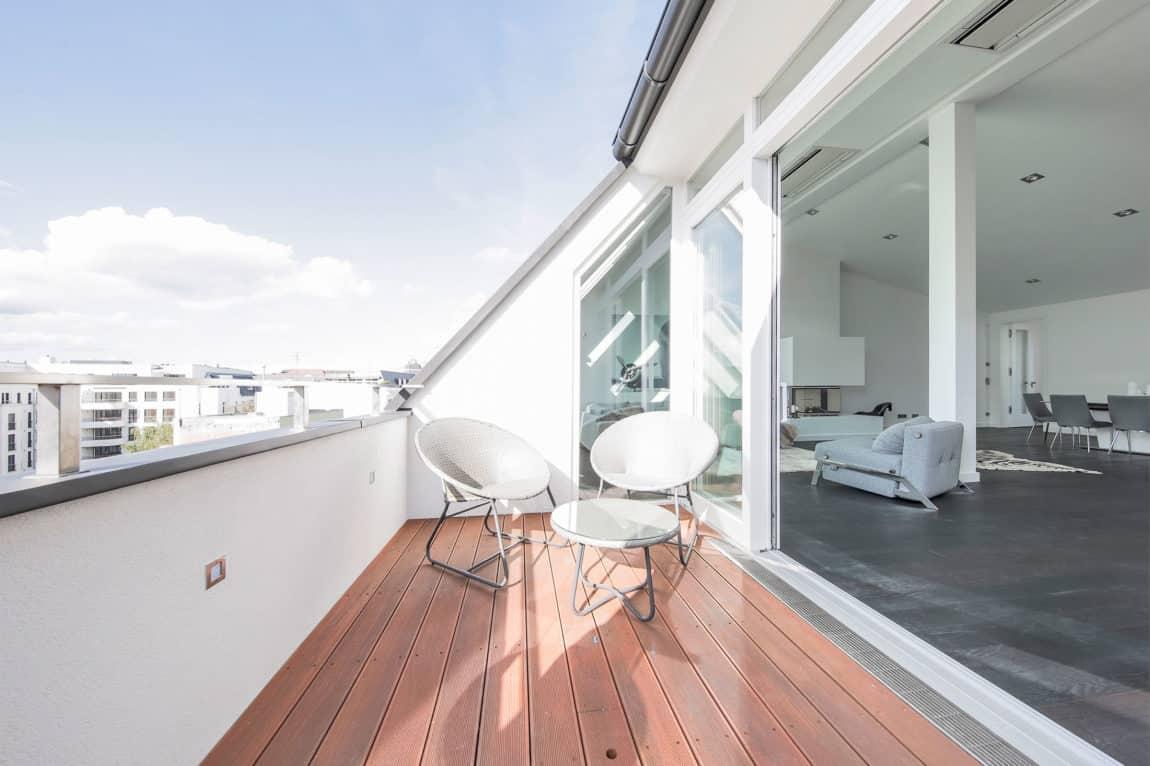 Attic Apartment in Berlin by Donatella Mustavic (2)