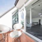 Attic Apartment in Berlin by Donatella Mustavic (3)