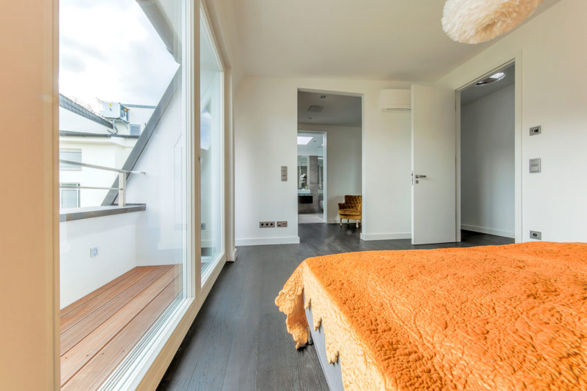 Attic Apartment in Berlin by Donatella Mustavic (14)