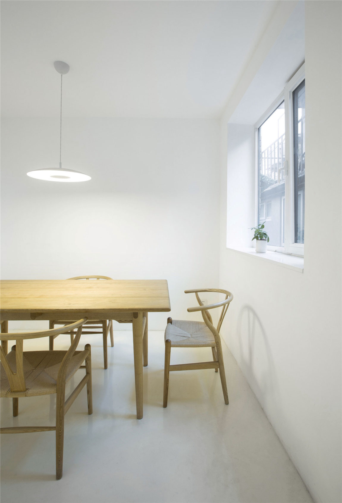 Beijing Hutong House Renovation by ARCHSTUDIO (5)