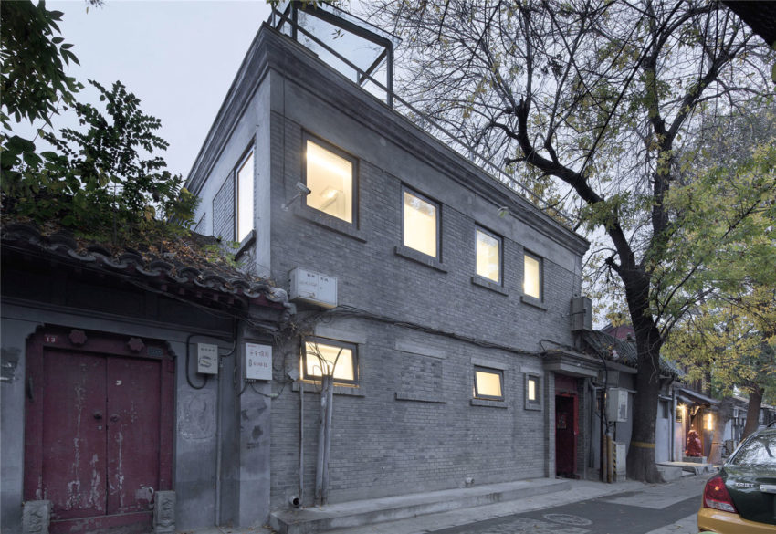 Beijing Hutong House Renovation by ARCHSTUDIO (25)