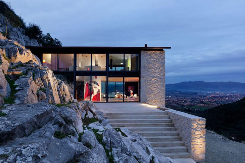 Casa Farfalla by Michel Boucquillon & Donia Maaoui (11)