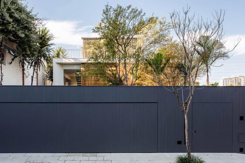 Casa Lara by Felipe Hess (1)