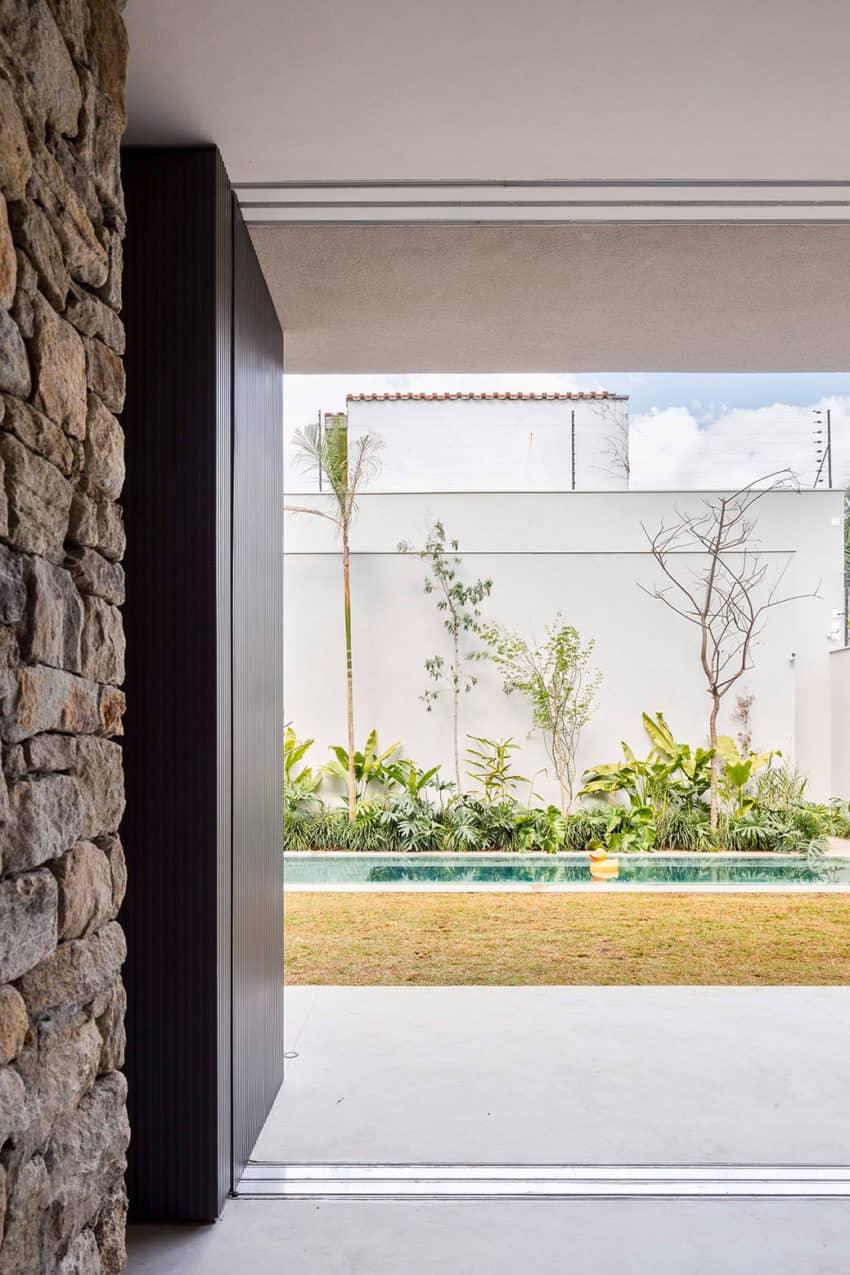 Casa Lara by Felipe Hess (17)