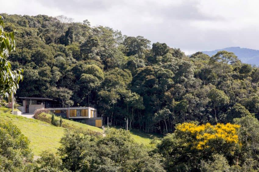 Casa Santo Antonio by H+F Arquitetos (1)