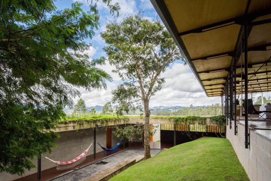 Casa Santo Antonio by H+F Arquitetos (11)