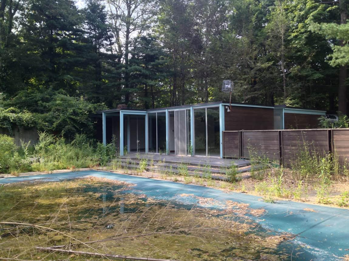 Chestnut Hill Modern Renovation by Hammer Architects (1)