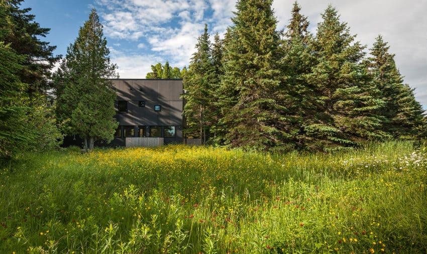 Family Retreat by Salmela Architect (1)