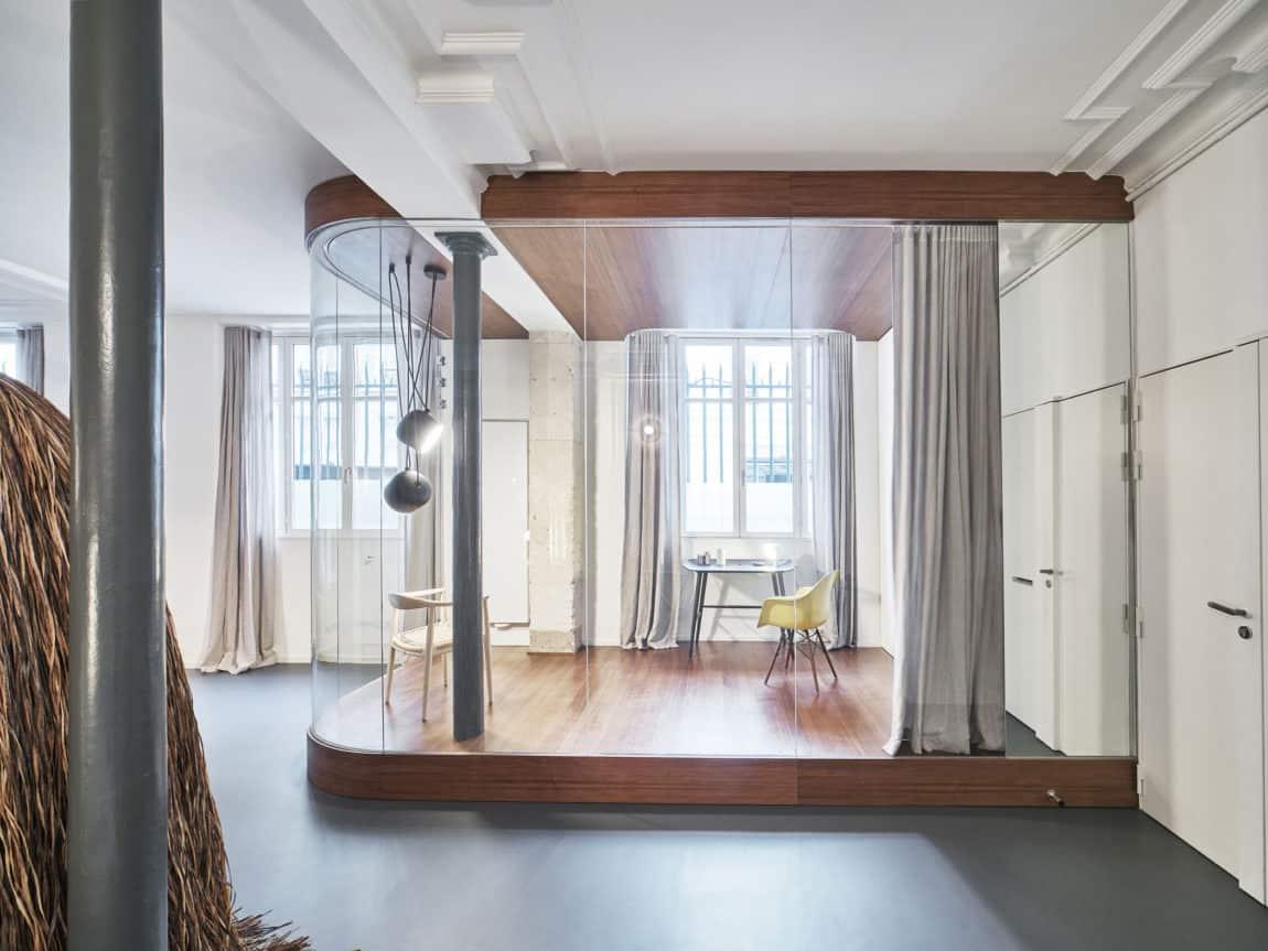 Glass & Walnut Loft by CUT Architectures (2)