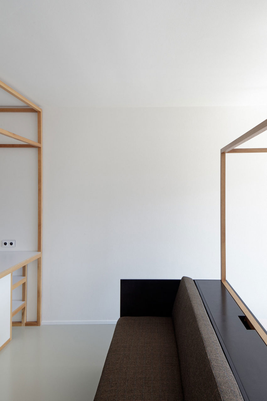Guest Apartment by Mjölk Architects & DDAANN (6)