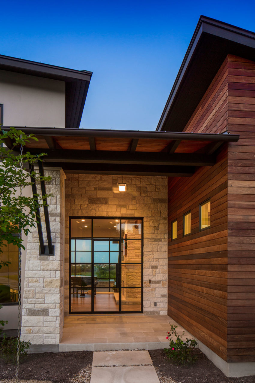 An Elegant Contemporary Home In Austin