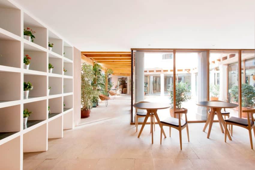 Hotel Ayllón by Lucas y Hernández-Gil Arquitectos (3)