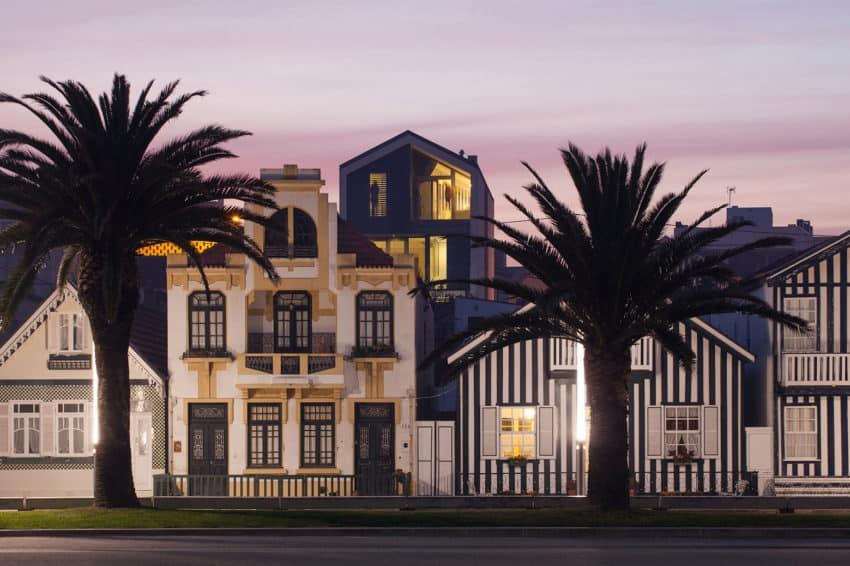 House in Bela Vista by RVdM Arquitectos (1)