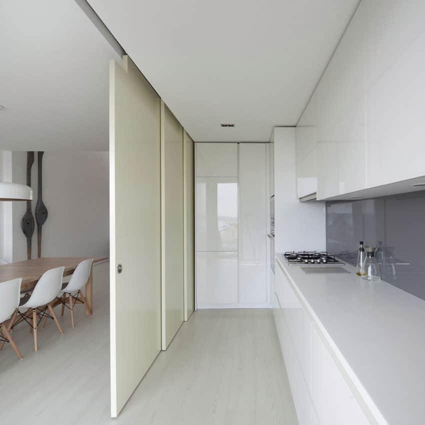 House in Bela Vista by RVdM Arquitectos (8)