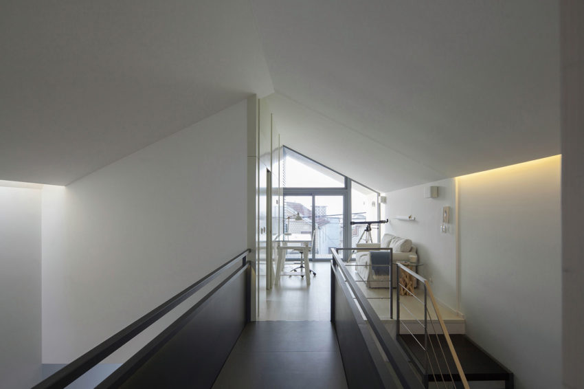 House in Bela Vista by RVdM Arquitectos (11)