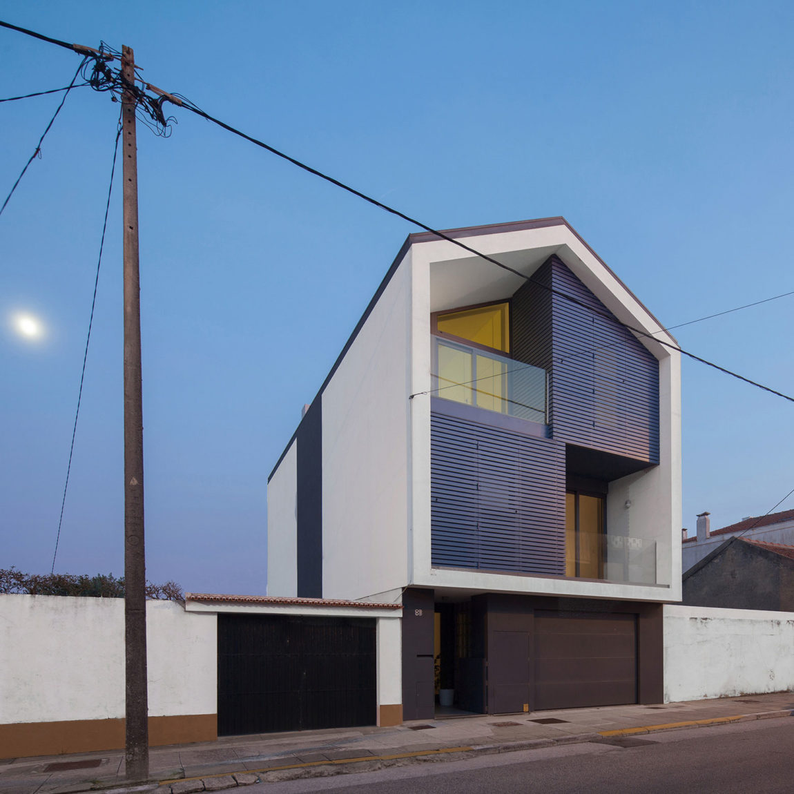 House in Bela Vista by RVdM Arquitectos (15)
