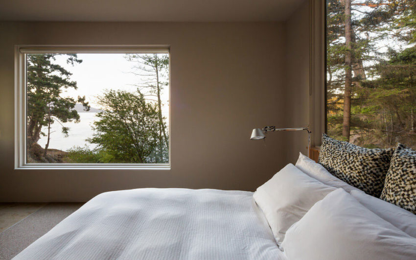 Lone Madrone by Heliotrope Architects (18)