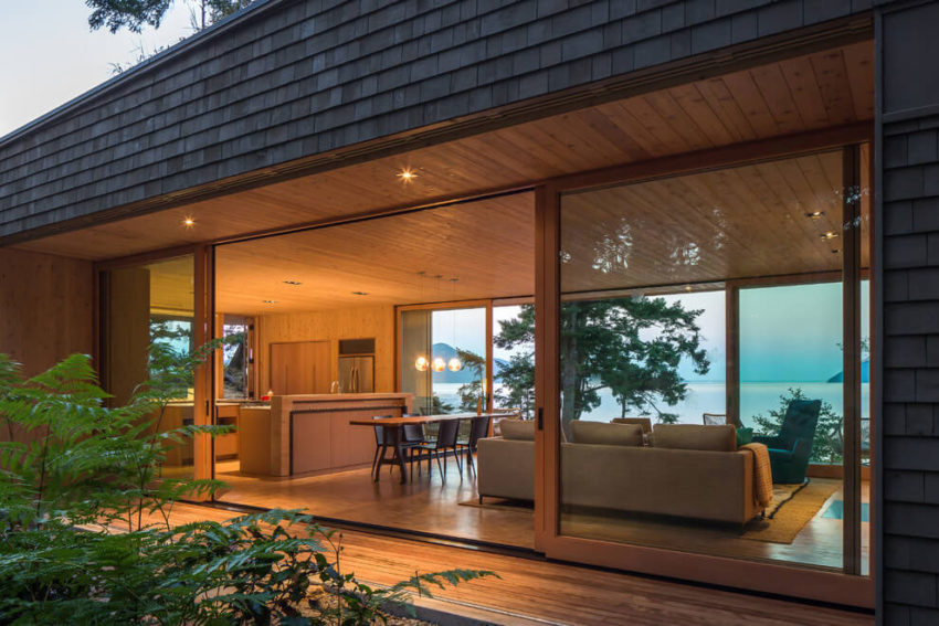 Lone Madrone by Heliotrope Architects (20)