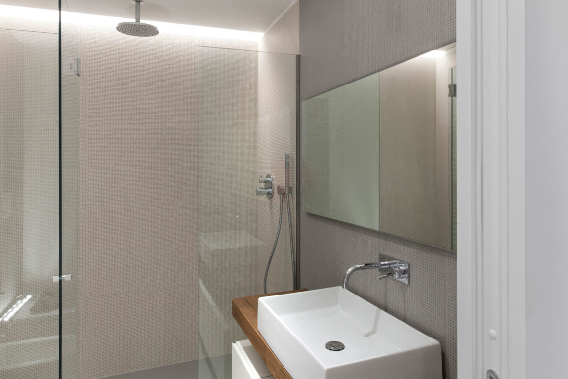 Mariella's Apartment by Luca Peralta Studio (8)