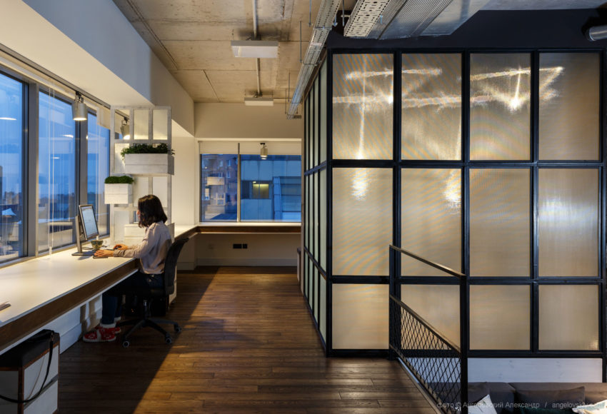 Office of Circle Line Interiors by Circle Line Interiors (12)