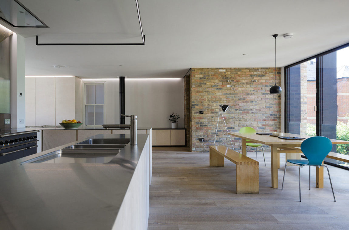 Semi Detached by Delvendahl Martin Architects (6)