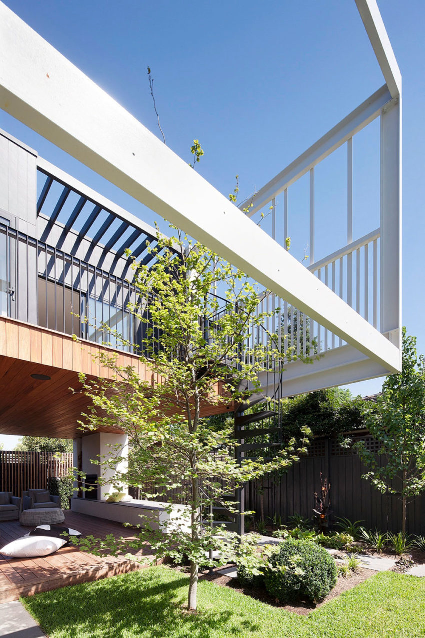 Stepping House by Bower Architecture (3)