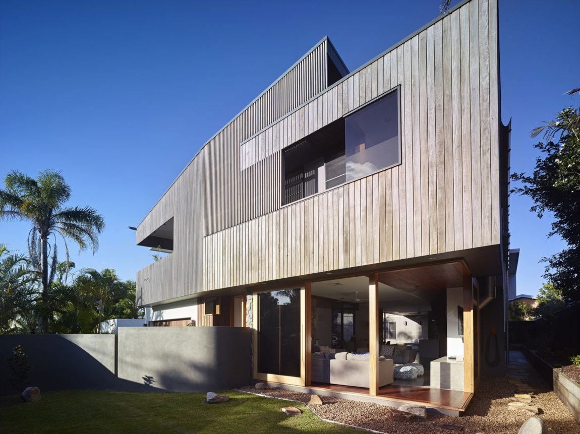 Sunshine Beach House by Shaun Lockyer Architects (2)