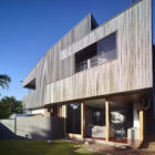 Sunshine Beach House by Shaun Lockyer Architects (2)