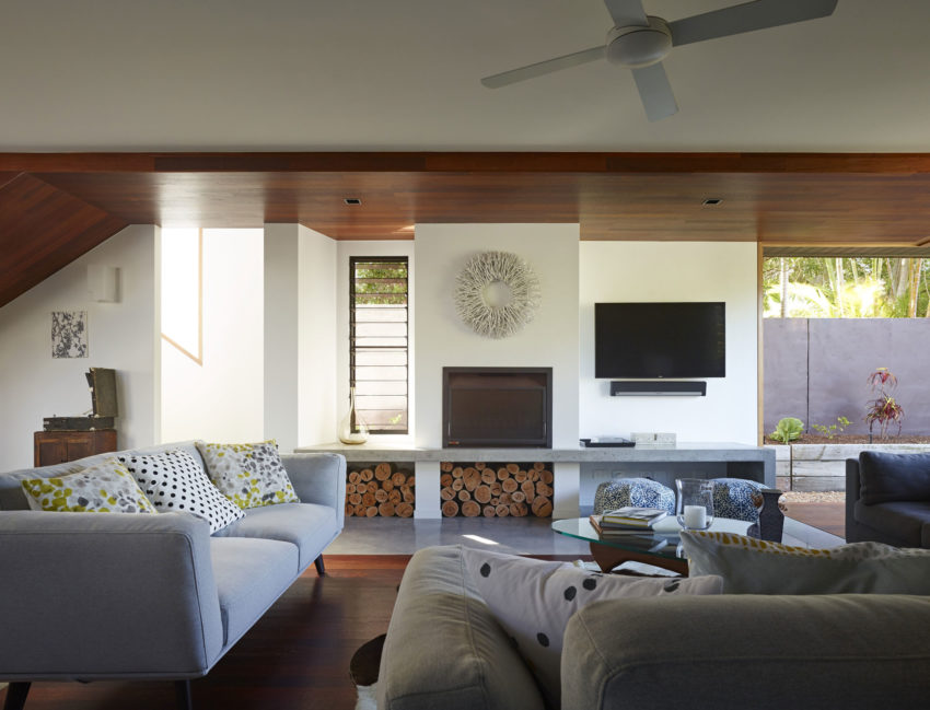 Sunshine Beach House by Shaun Lockyer Architects (8)