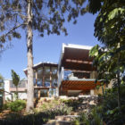 The Creek House by Shaun Lockyer Architects (1)