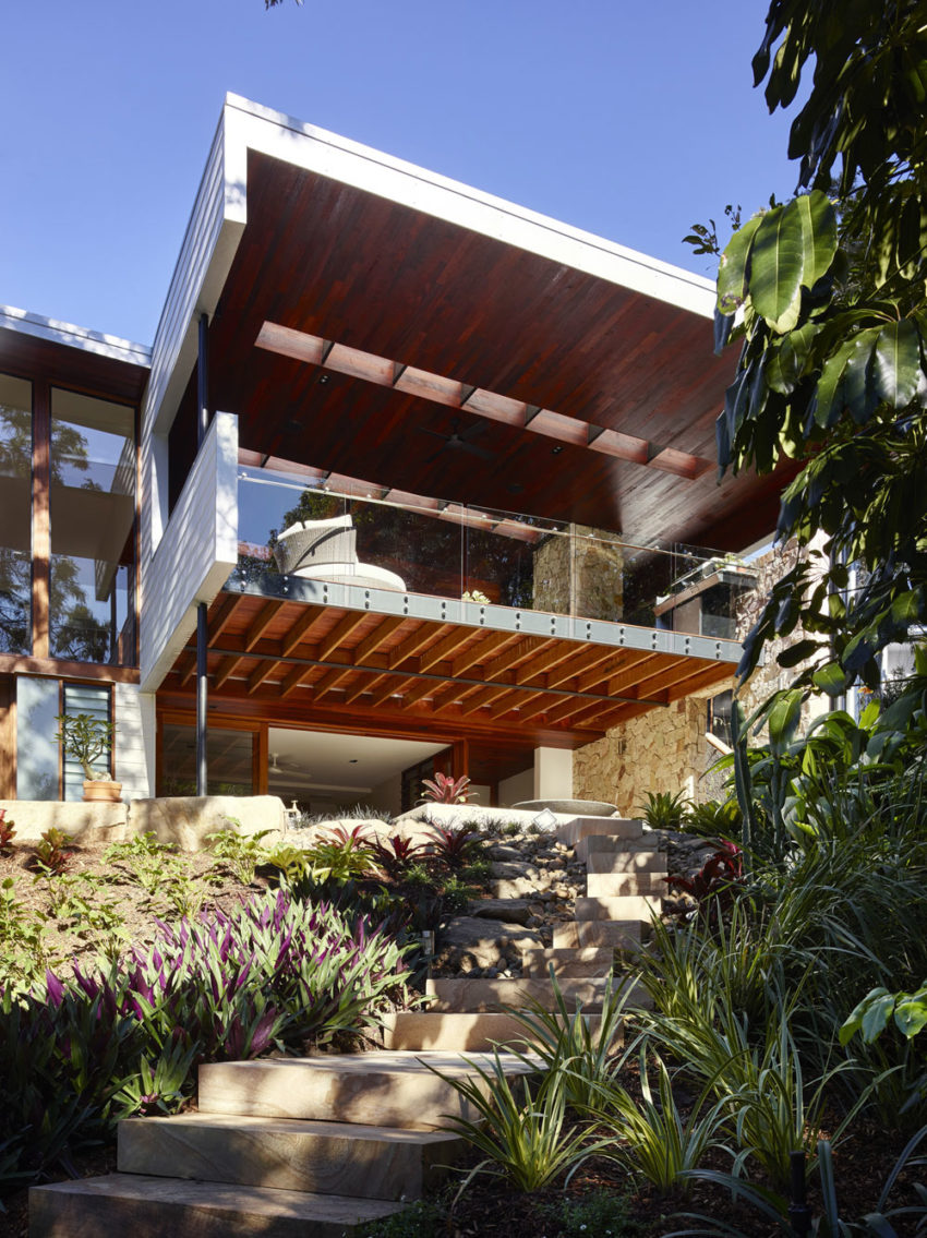 The Creek House by Shaun Lockyer Architects (2)